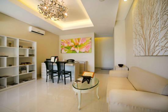 Legian Paradiso Hotel: Lobby SPA