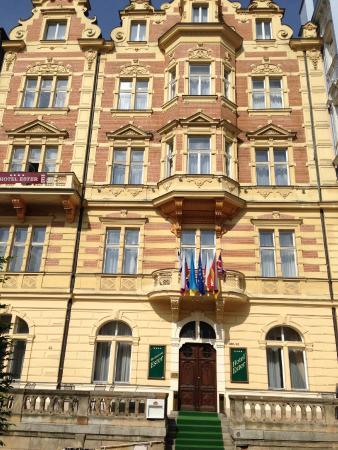 Hotel Ester: Здание отеля