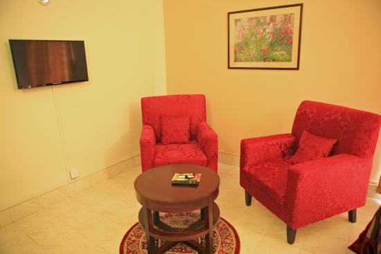 Herfa Inn: Room Setting