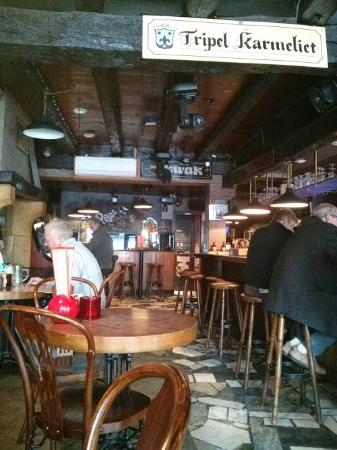 Cafe De Kuppe: Ambiente geral