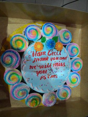 Astonishing Goldilocks Mandaluyong 439 Shaw Blvd Restaurant Reviews Funny Birthday Cards Online Alyptdamsfinfo
