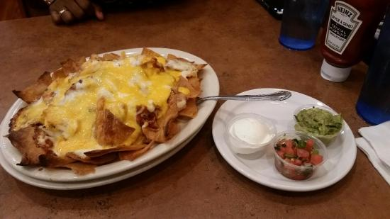 Chuck's Southern Comforts Cafe: BBQ Chicken nachos. GET YOU SOME!!!!