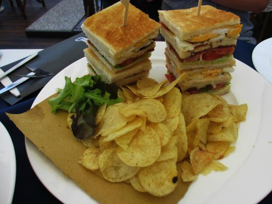 Zest Bar: Club Sandwich
