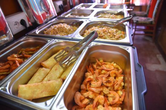 Spada di Drago: Buffet cucina cinese a pranzo