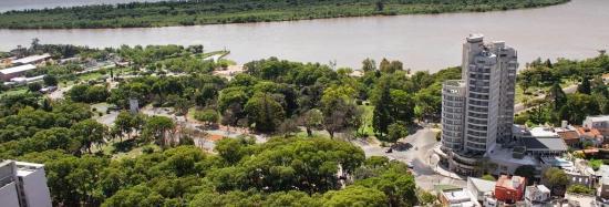 Maran Suites & Towers y su entorno