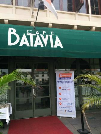 Cafe Batavia di daerah Kota Tua di Jakarta