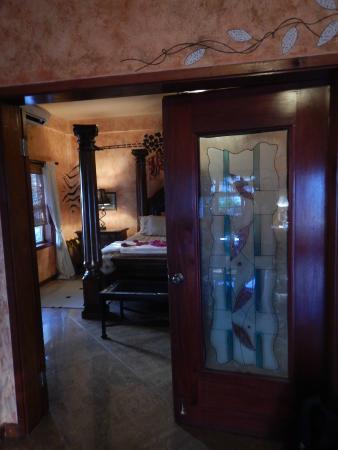 Chabil Mar: Interior of the Honeymoon Suite, bedroom
