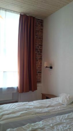 16eur Fat Margaret's Hostel : номер