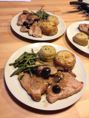 Courdemanche, France : Pork and pommes anna