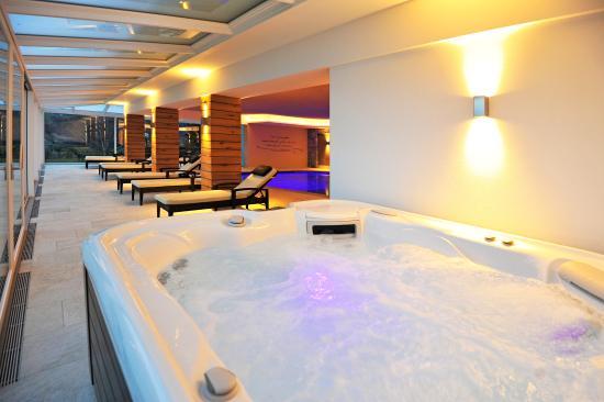 Hotel Mitlechnerhof: Der Whirlpool