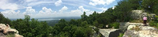 Cherokee Rock Village : One of the views