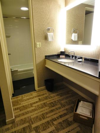Hyatt Regency San Francisco: Bathroom Vanity And Bathtub And Toilet