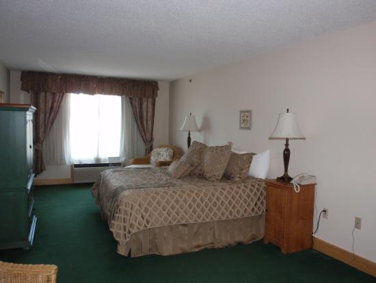 Flat Creek Inn & Suites: Grand Suite Room