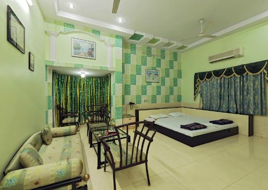 Photo of Hotel Rajat Executive Kolhapur