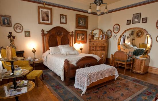 Copper King Mansion: Andree's Room 125.00