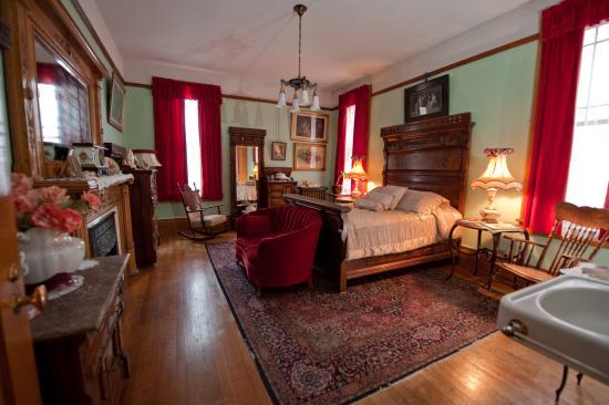 Copper King Mansion: Huguette's Room 135.00