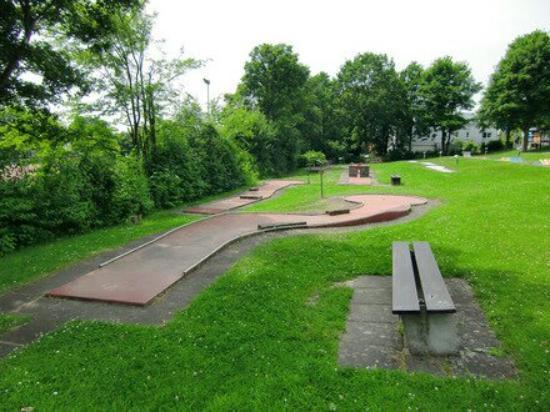 Kastellaun, Alemania: Minigolfanlage