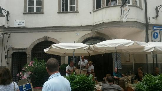 Pizzeria Restaurant Tirol