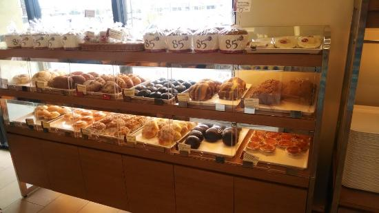 85 C Bakery cafe