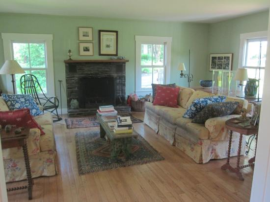 Craftsbury Common, VT: Living Room