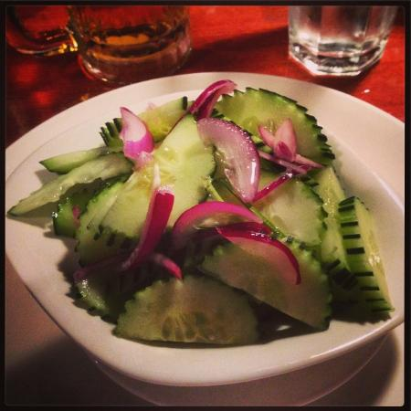 Pin-Kaow Thai Cuisine Restaurant: cucumber salad