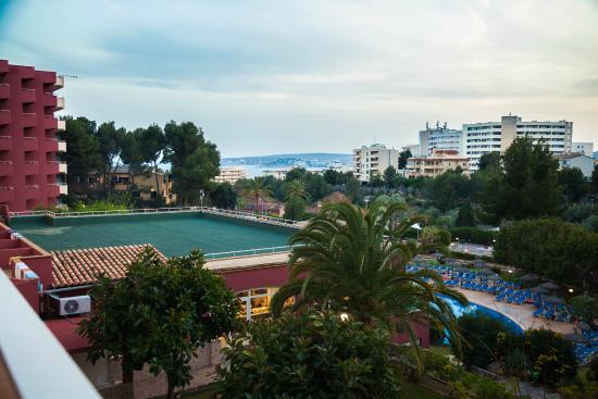 Salles Hotel Marina Portals: Вид из окна
