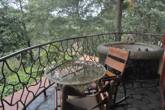 Foto de peace lodge heredia our balcony jacuzzi for On our balcony