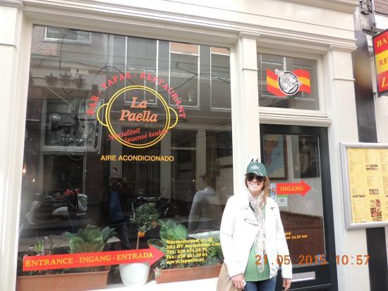 La Paella: Fachada