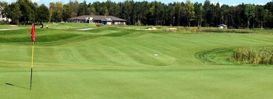 Kemptville, Canadá: eQuinelle Golf Club