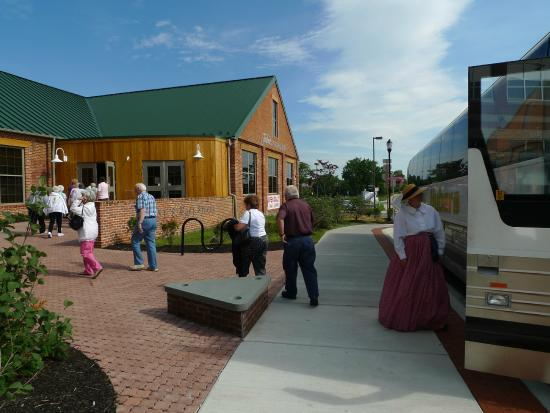Frederick Visitor Center : We welcome group tours!