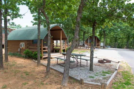 Oklahoma City East KOA: Cozy Cabins