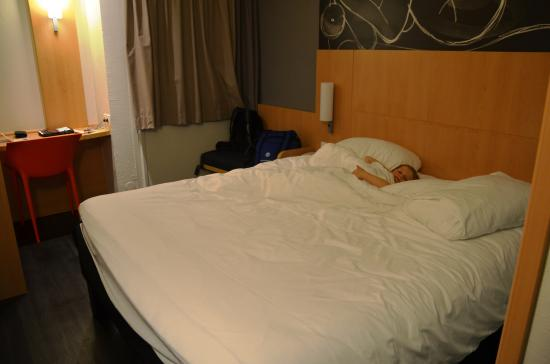 Ibis Saint-Denis Stade Ouest: The room