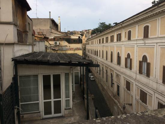 Hotel Fellini Rome Reviews