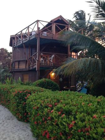 Colibri House: View of Colibri House from the beach.