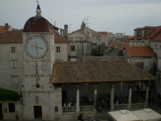 Piazza foto di sito storico di trogir trogir tripadvisor for Sito storico
