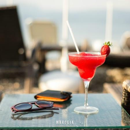 Marogia Beach Coffee Food Bar: Cocktails