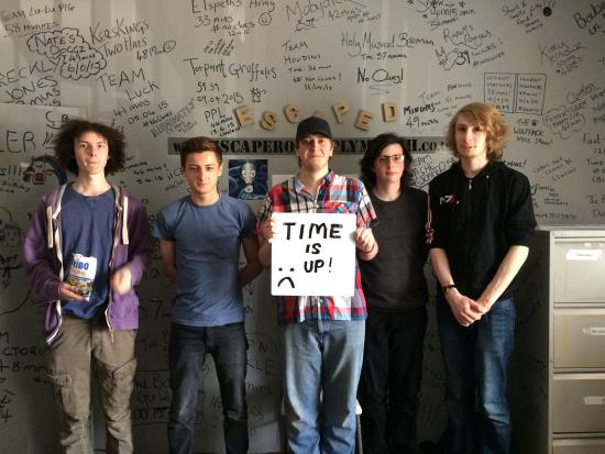 teamname meets the record time for germ bild von live escape rooms plymouth tripadvisor