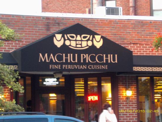 Machu Picchu: Entrada a restaurante