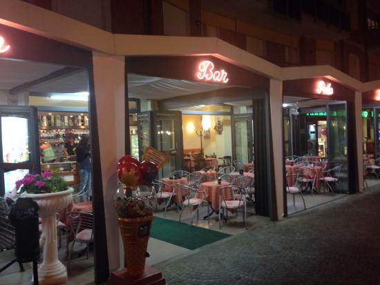 ‪Gelateria Bar Polo Nord Cesenatico‬