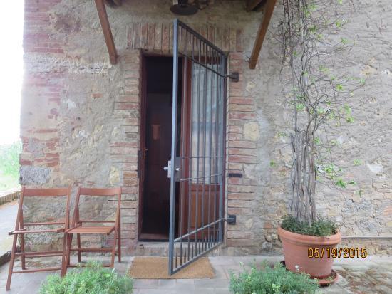 Casa del Poggio: Entrance to our room