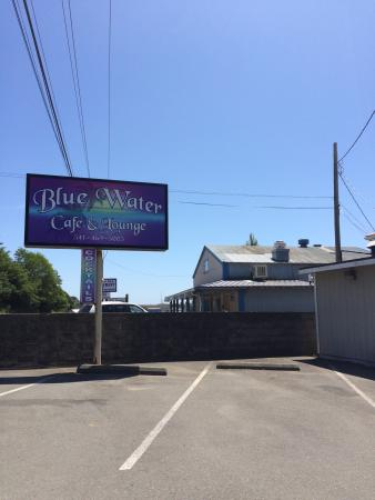 Blue Water Cafe & Lounge