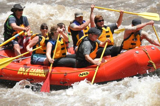 Rock Gardens Rafting: A little turbulence