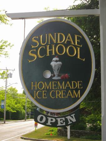 Sundae School Harwich Port: Sign in front of Sundae School