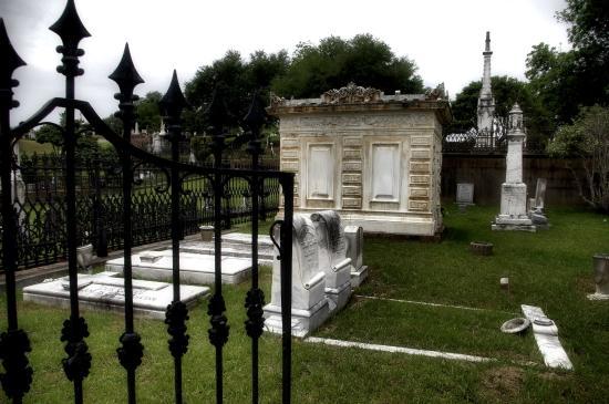 Natchez City Cemetery family vault