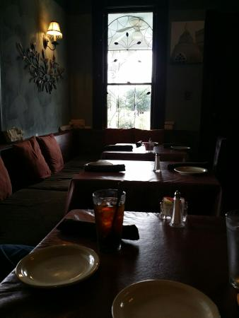 Hedary's Mediterranean Restaurant: Atmosphere is very relaxing.  People are very friendly.  Service was a little slow but as relaxe