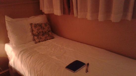 Castleton Hotel
