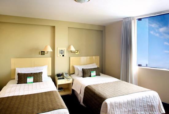 Embajadores Hotel: double room