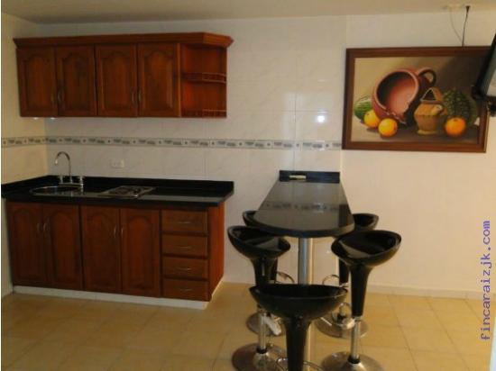 Apartamentos Amoblados Mirador del Laguito: COCINA