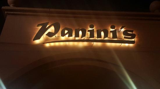 Panini's Ciudad Vieja