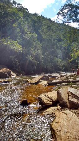 Caete, MG: Rio após a queda da cachoeira de Santo Antônio
